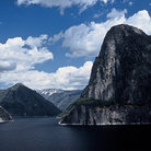 Picture - Hetch Hetchy Reservoir, Yosemite National Park.