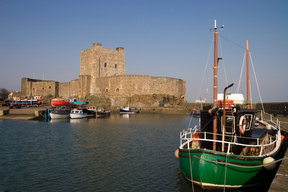 Picture - Boats in front of the Carrickfergus Castle.