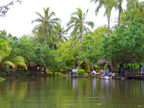 Picture - Lake in Polynesian Cultural Center on Oahu.