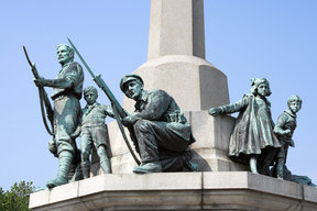 Picture - Bronze Statues on War Memorial at, Port Sunlight.