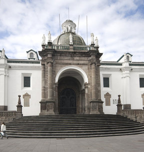 Picture - Entrance to the Quito Cathedral on the Plaza Grande in Quito.