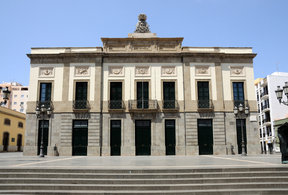 Picture - A view of the Teatro Guimera in Santa Cruz de Tenerife.