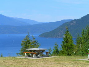 Picture - A picnic area along the Shuswap.