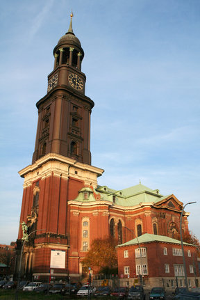Picture - Baroque St Michael's Church (1750-62) in Hamburg.