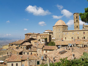 Picture - Homes and church in Volterra.