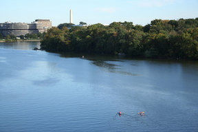 Picture - The Potomac River and the Watergate Complex in Washington.