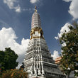 Pagoda at wat Chakrawat in Bangkok.