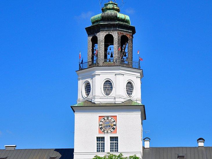 Edificio nuevo y carillón de Salzburgo
