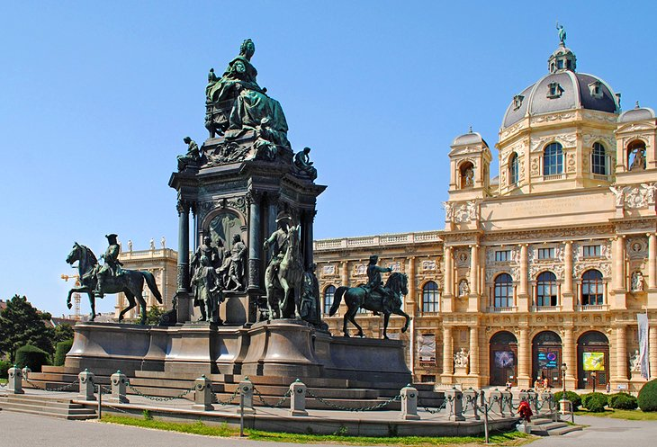 Kunsthistorisches Museum and Maria-Theresien-Platz