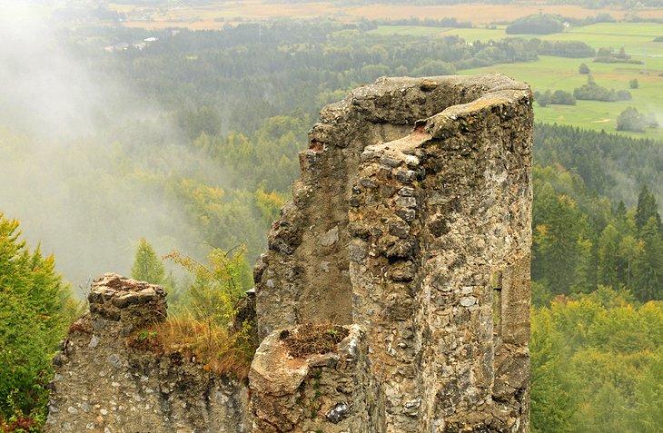 Finkenstein Castle ruins