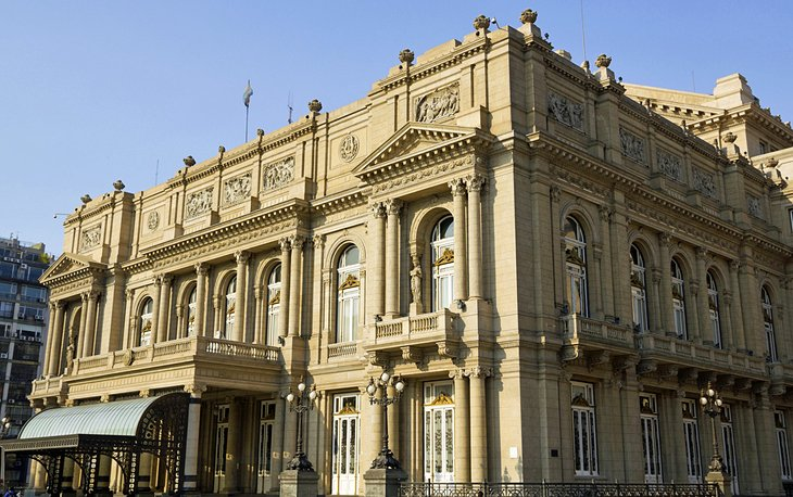 A City of Theaters: The Colón Theater