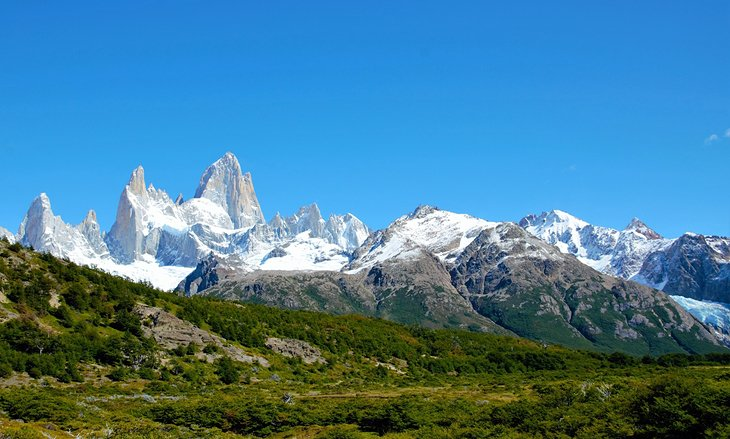 Panoramic view of the Fitz Roy mountain range in El Chaltén