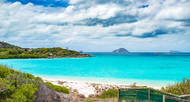 Lizard Island's beautiful blue lagoon