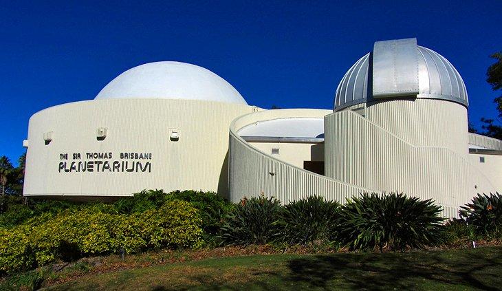 ستاره دار در Planetarium سر توماس بریزبن