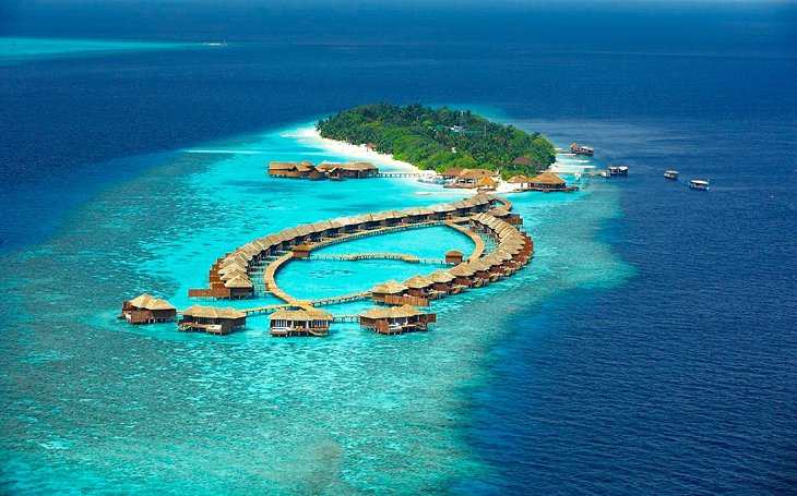 10 Lily Beach Resort Spa Maldives