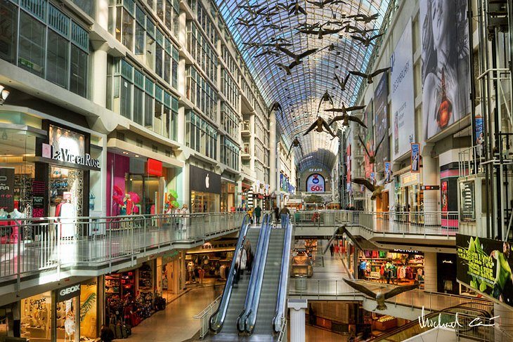 Eaton Centre is a pretty good mall, it has most of the stores you'd expect, but nothing really stands out about this Mall. Many newer malls boast some type of recreation or attraction and also offer high end dining options, you do t really see that at Eaton Centre/5().