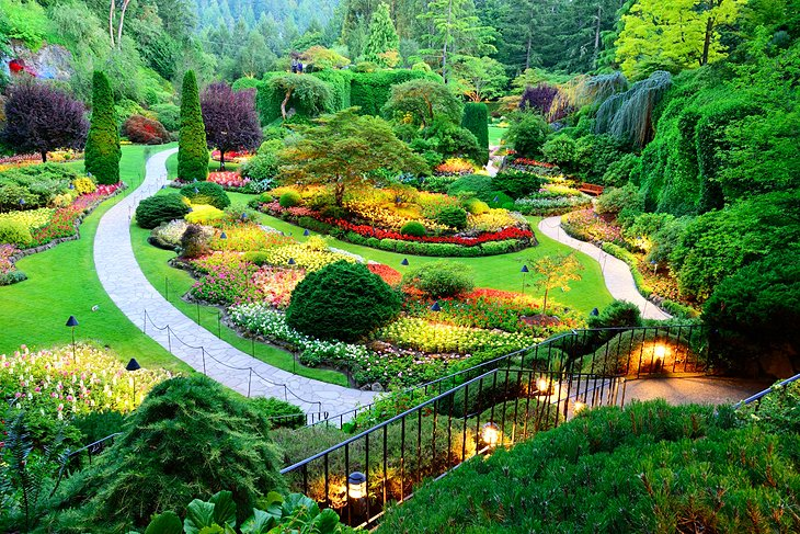 10 top rated attractions on vancouver island planetware butchart gardens publicscrutiny Image collections