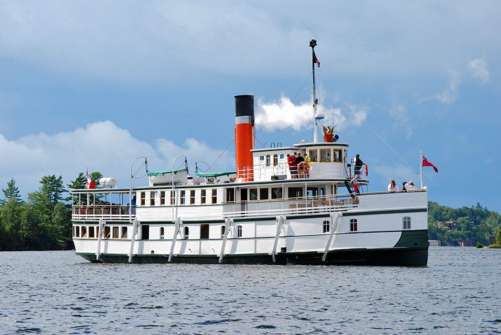 Gravenhurst and a Cruise on Lake Muskoka