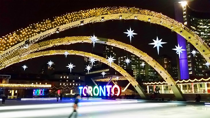 Skating rink at Toronto City Hall