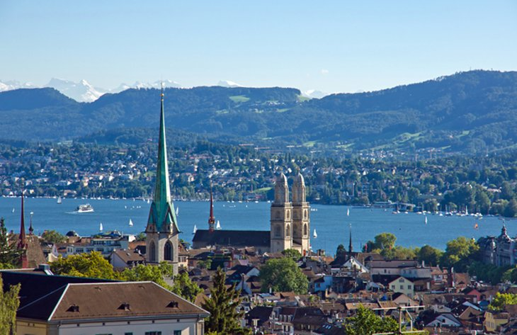 Lake Zürich and Bürkliplatz