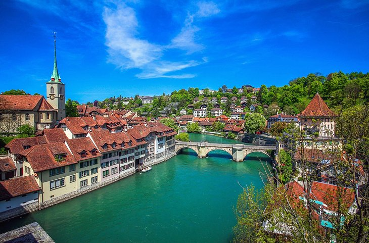 14 Top Tourist Attractions in Bern & Easy Day Trips