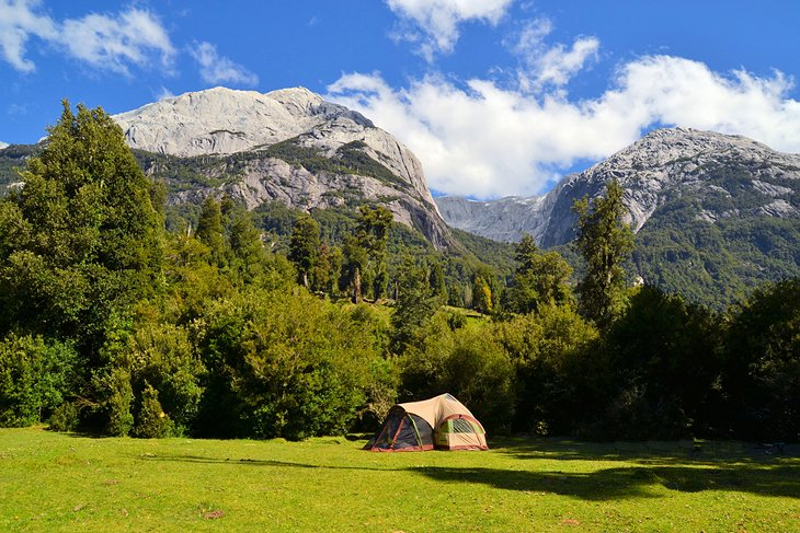 Cochamó Valley Trek