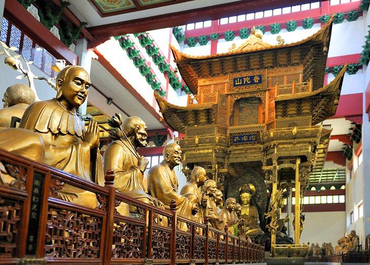 Templo de Lingyin y el pico que voló desde lejos