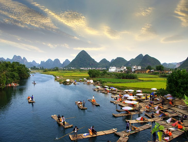Cruising the Li River