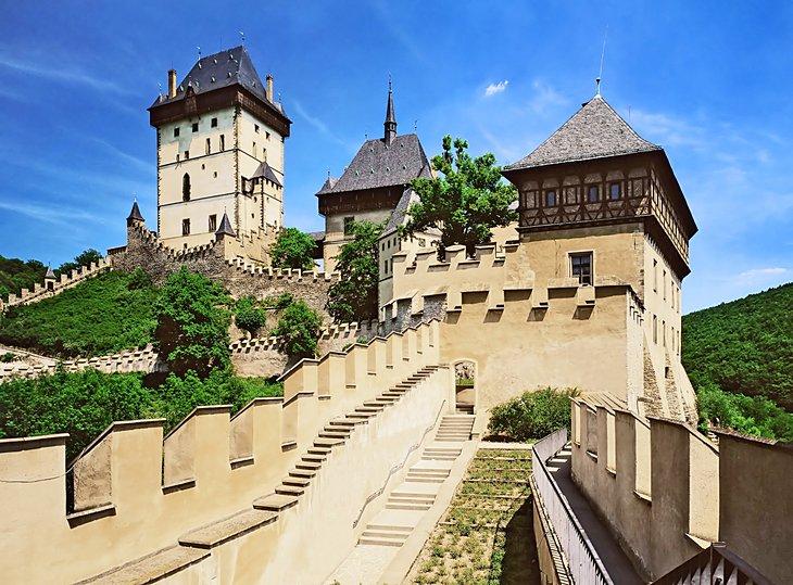 قلعة Karlštejn