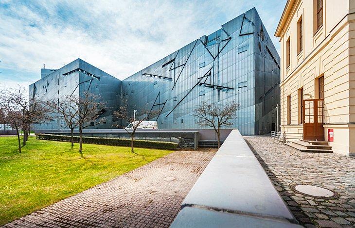 المتحف اليهودي، أحد المزارات السياحية في مدينة برلين، ألمانيا