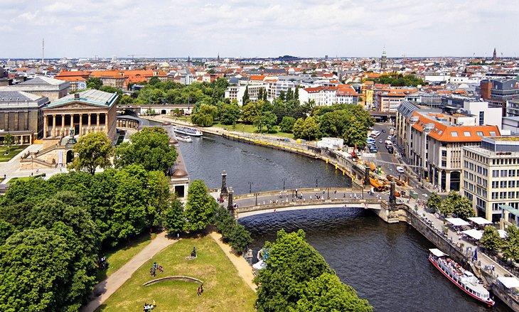 جزيرة المتاحف، أحد أهم المناطق السياحية في مدينة برلين، ألمانيا