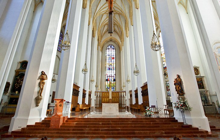 Munich Cathedral: Interior Highlights