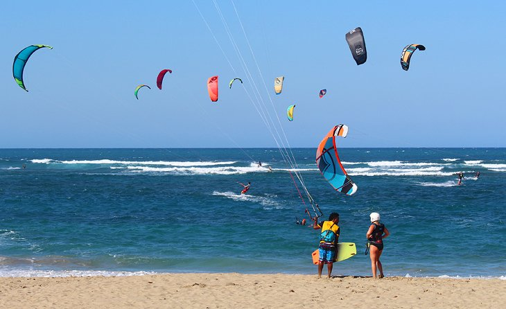 Kiteboarding lessons on Kite Beach