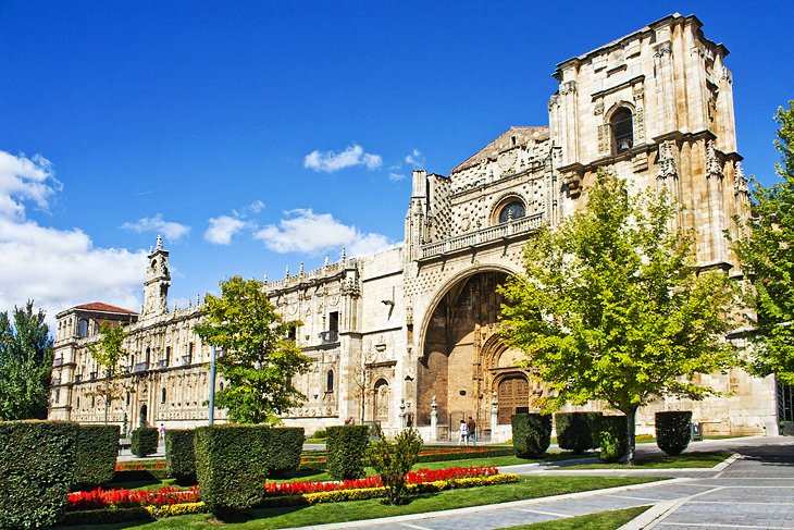 10 Top-Rated Tourist Attractions in Leon  PlanetWare