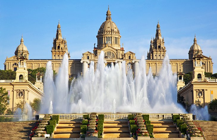 Le Foto Del Museo Blu A Barcellona : Visiting montjuic barcelona top attractions tours