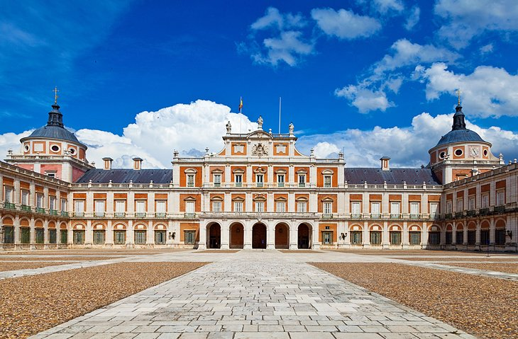 The Elegant Historic Town and Royal Palace of Aranjuez