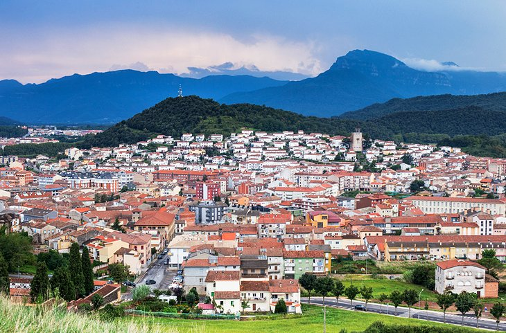 Olot and the Pyrenees Foothills