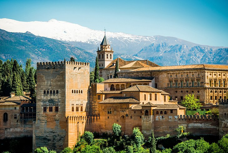 Alhambra: A Masterpiece of Islamic Architecture