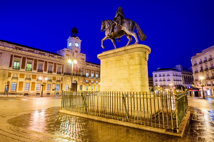 Puerta del Sol: The Heart of the City