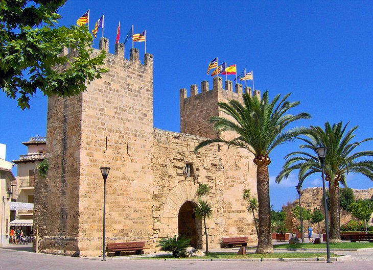 Alcudia's Old Town