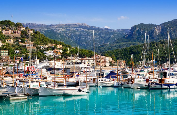 Sóller's Beautiful Seaside Scenery