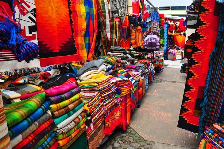 بازار Otavalo