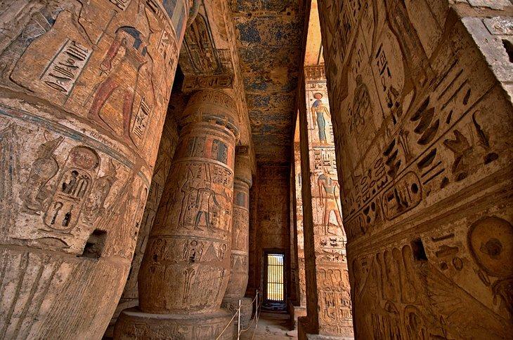 Medinet Habu heiroglyphs