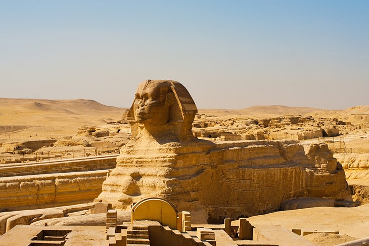 Pyramids Of Giza Attractions Tips Tours PlanetWare - Map of egypt pyramids and sphinx