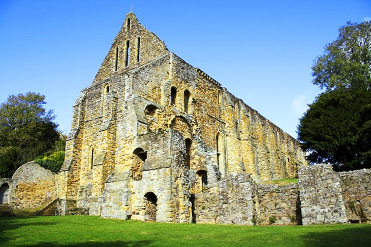 1066 Battle of Hastings: Abbey and Battlefield