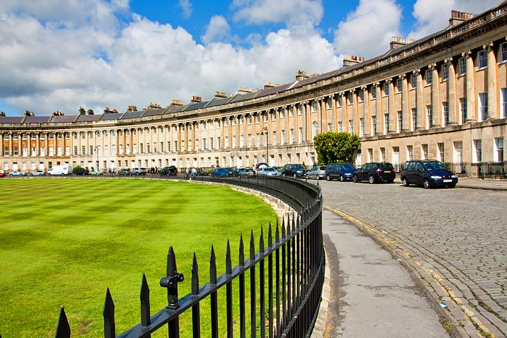 Bath's Georgian Roots and Royal Crescent
