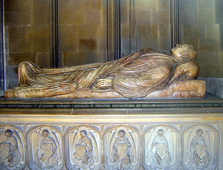 Naked Corpses: The Cathedral Tombs