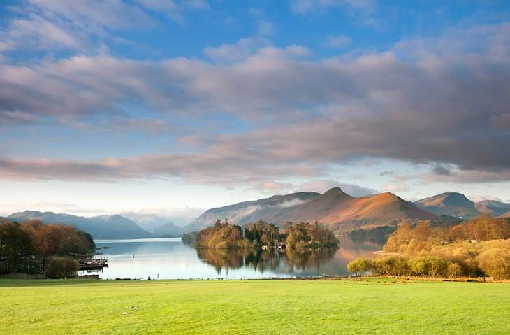 http://www.planetware.com/photos-large/ENG/england-lake-district-national-park.jpg