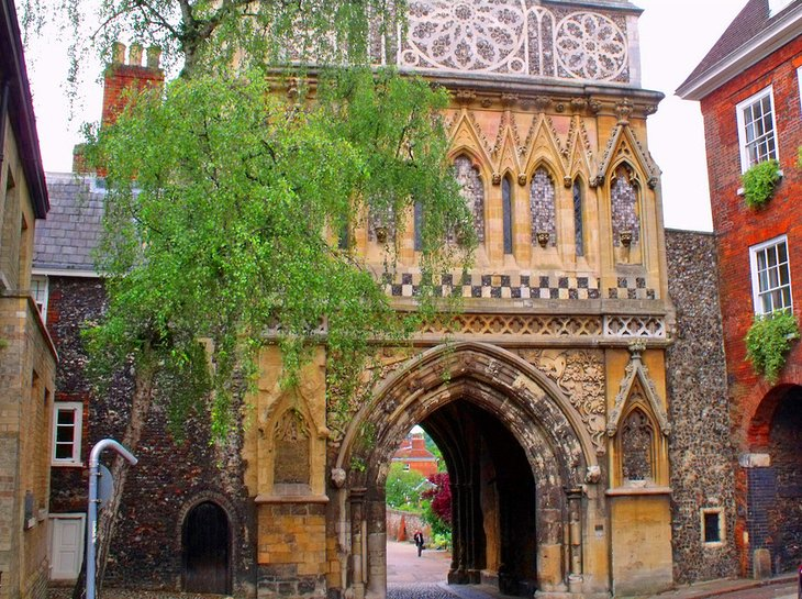 Tombland: The Heart of Historic Norwich