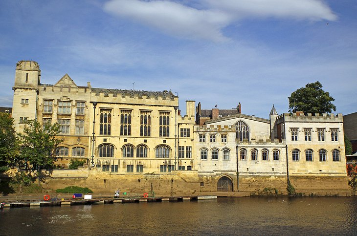 Exploring the River Ouse by Boat or on Foot